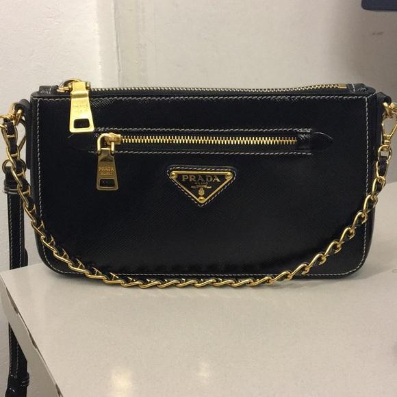 ... new zealand prada saffiano leather crossbody bag b991f 7de5e 549703156f62c
